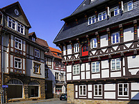 Fachwerkhäuser in der Bergstr. , Goslar, Niedersachsen, Deutschland, Europa, UNESCO-Weltkulturerbe<br /> Halftimbered houses at Berg St., Goslar, Lower Saxony,, Germany, Europe, UNESCO Heritage Site