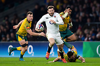 Elliot Daly of England goes on the attack. Quilter International match between England and Australia on November 24, 2018 at Twickenham Stadium in London, England. Photo by: Patrick Khachfe / Onside Images