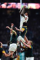 Courtney Lawes of England rises high to win lineout ball. Old Mutual Wealth Series International match between England and South Africa on November 12, 2016 at Twickenham Stadium in London, England. Photo by: Patrick Khachfe / Onside Images