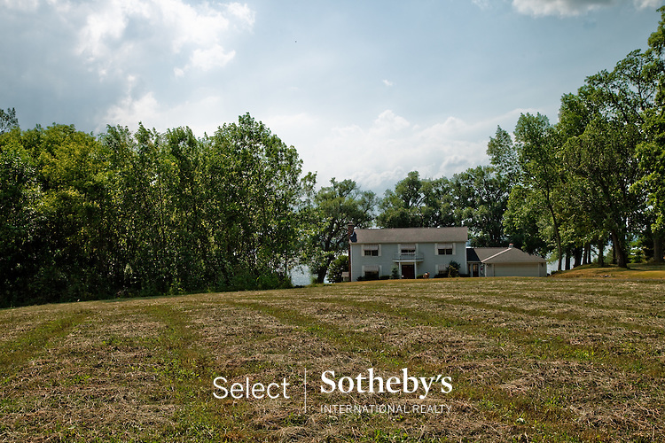 offered for sale by Select Sotheby's International Realty. [http://www.selectsothebysrealty.com] Agent Michael DeRosa.