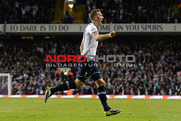 Tottenham's Harry Kane celebrates scoring a goal  30/10/2013 - SPORT - FOOTBALL - White Hart Lane - London - Tottenham Hotspur v Hull City - Capital One Cup - Fourth Round<br /> Foto nph / Meredith<br /> <br /> ***** OUT OF UK *****