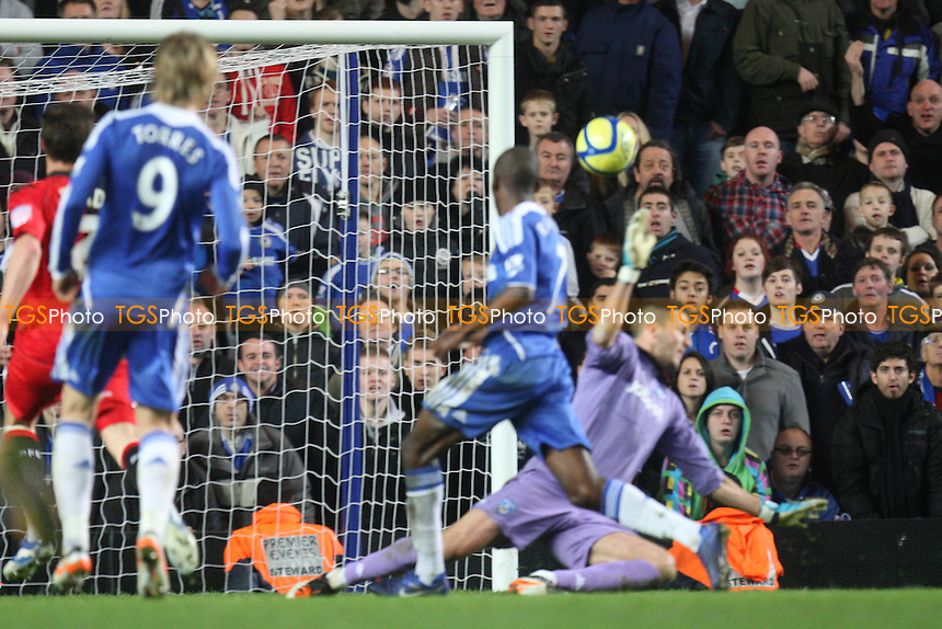 Ramires of Chelsea scores the third goal - Chelsea s Portsmouth - at the Stamford Bridge Stadium - 08/01/12 - MANDATORY CREDIT: Dave Simpson/TGSPHOTO - Self billing applies where appropriate - 0845 094 6026 - contact@tgsphoto.co.uk - NO UNPAID USE.