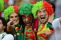 FUSSBALL  EUROPAMEISTERSCHAFT 2012   VORRUNDE Deutschland - Portugal          09.06.2012 Portugiesische Fans