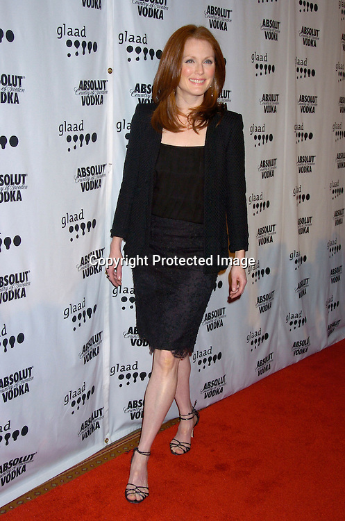 Julianne Moore ..at the 15th Annual GLAAD Media Awards on April 12, 2004 ..at the Marriott Marquis Hotel. ..Photo by Robin Platzer, Twin Images