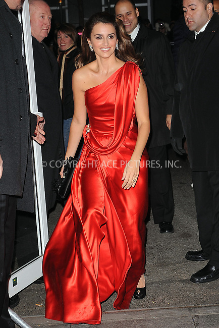 WWW.ACEPIXS.COM . . . . . ....December 15 2009,  New York City....Actress Penelope Cruz arriving at the New York premiere of 'Nine' at the Ziegfeld Theatre on December 15 2009 in New York City....Please byline: KRISTIN CALLAHAN - ACEPIXS.COM.. . . . . . ..Ace Pictures, Inc:  ..(212) 243-8787 or (646) 679 0430..e-mail: picturedesk@acepixs.com..web: http://www.acepixs.com