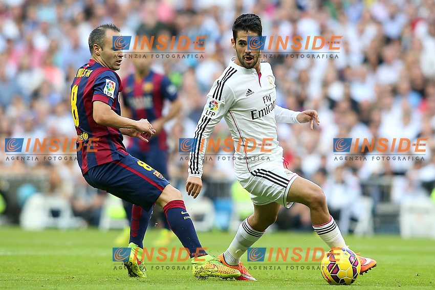 Real Madrid's Isco (r) and FC Barcelona's Andres Iniesta during La Liga match.October 25,2014. (ALTERPHOTOS/Acero) <br /> Clasico<br /> Foto Insidefoto