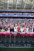 FUSSBALL   1. BUNDESLIGA  SAISON 2012/2013   7. Spieltag FC Bayern Muenchen - TSG Hoffenheim    06.10.2012 In der Allianz Arena sitzen die Fans auf der Tribuene, darunter die Ersatzbank des FCB