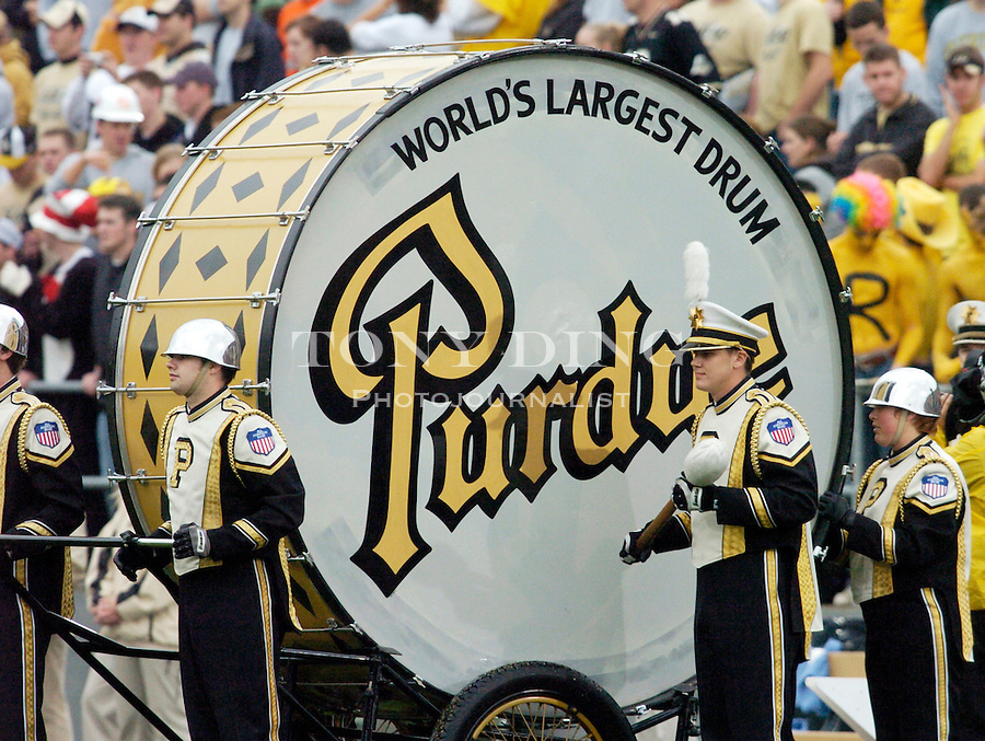 "Purdue's ""World's Largest Drum"" during the Wolverines' 16-14 victory over the Purdue Boilermakers on Saturday, October 23, 2004 in at Ross-Ade Stadium in West Lafayette, Ind. (TONY DING/Daily)."