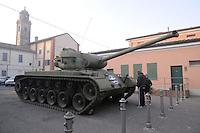 - Brescello (Reggio Emilia),  il carro armato  di Peppone davanti al museo<br /> <br /> - Brescello (Reggio Emilia), the  Peppone's tank in front of  museum