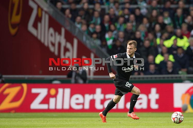 04.04.2015, Weser Stadion, Bremen, GER, 1.FBL. Werder Bremen vs 1. FSV Mainz 05, im Bild<br /> <br /> <br /> Daniel Brosinski (FSV Mainz 05)<br /> Einzelaktion, Ganzk&ouml;rper / Ganzkoerper,<br /> #querformat<br /> <br /> <br /> <br /> Foto &copy; nordphoto / Kokenge