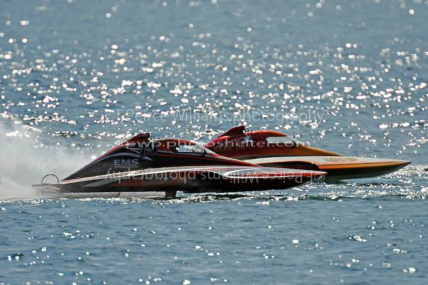 "Doug Havell,S-79  and Kent Henderson, CS-519 ""Bank On It""   (2.5 Litre Stock hydroplane(s)"