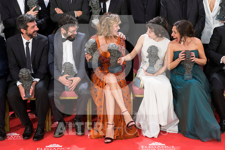 Alberto Rodriguez, Manolo Solo, Emma Suarez, Anna Castillo and Beatriz Bodegas talking before the photo family for the media at Madrid Marriott Auditorium Hotel in Madrid, Spain. February 04, 2017. (ALTERPHOTOS/BorjaB.Hojas)