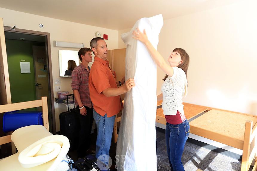 09152012- Seattle University Freshman Move In day - Welcome Week