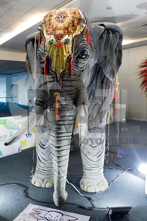 IO DE JANEIRO, RJ, 14.07.2017 - CARNAVALIA-SAMBACON - Carnavália Sambacon feira de empreendedorismo e negócio do carnaval brasileiro e encontro nacional do samba no centro de convenções Sul América no Rio de Janeiro, nesta sexta-feira, 14.(Foto: Clever Felix/Brazil Photo Press)