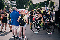 Team Mitchelton-Scott warming up ahead of the race<br /> <br /> Stage 19: Lourdes > Laruns (200km)<br /> <br /> 105th Tour de France 2018<br /> ©kramon