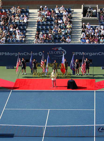 ATMOSPHERE.Atmosphere before 2005 US Open Tennis Men's Championship starts, Flushing, NY. .September 11th, 2005.Photo Credit Jackson Lee/Admedia.court.www.capitalpictures.com.sales@capitalpictures.com.© Capital Pictures.