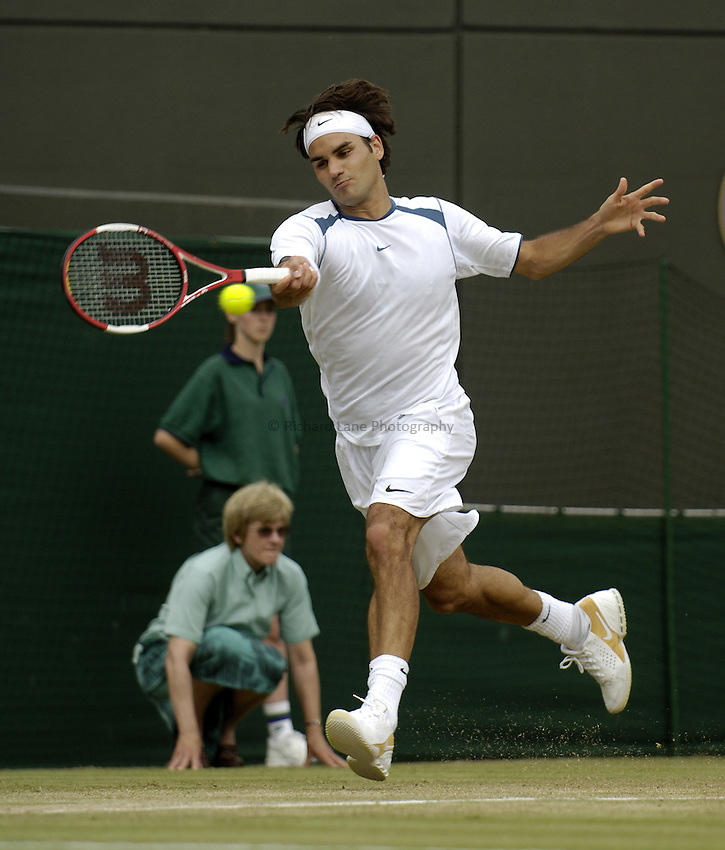 Photo. Jed Wee..Wimbledon Championships. 29/06/2005..Roger Federer.