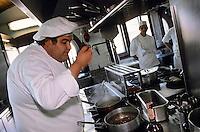 """Europe/Italie/Côte Amalfitaine/Campagnie/Env de Sorrente/Vico Equense : Gennaro Esposito chef du restaurant """"La Torre del Saracino"""""""