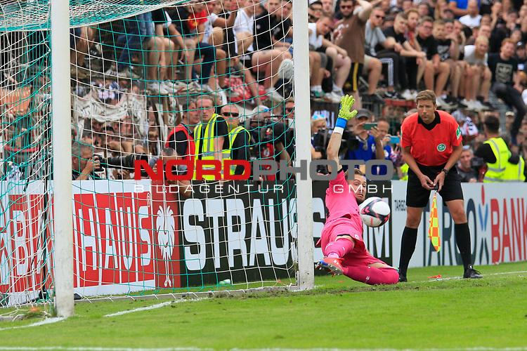 11.08.2019, Stadion Lohmühle, Luebeck, GER, DFB-Pokal, 1. Runde VFB Lübeck vs 1.FC St. Pauli<br /> <br /> DFB REGULATIONS PROHIBIT ANY USE OF PHOTOGRAPHS AS IMAGE SEQUENCES AND/OR QUASI-VIDEO.<br /> <br /> im Bild / picture shows<br /> Torwart Robin Himmelmann (FC St. Pauli) wehrt den Torschuss von Miguel Fernandes (VfB Luebeck) ab und entscheidet damit das Pokalspiel fuer den FC St. Pauli mit 6:7.<br /> <br /> Foto © nordphoto / Freund