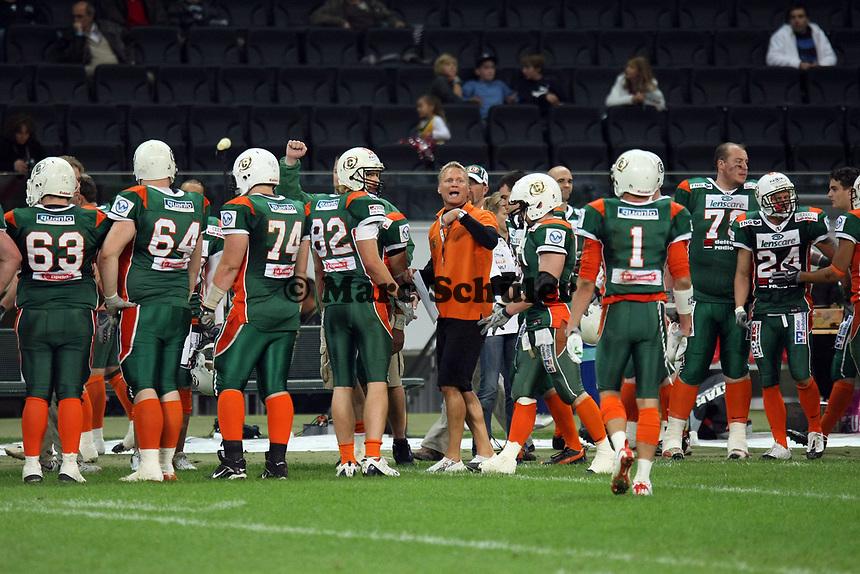 Head Coach Kent Andersen (Kiel)<br /> German Bowl XXXI Berlin Adler vs. Kiel Baltic Hurricanes, Commerzbank Arena *** Local Caption *** Foto ist honorarpflichtig! zzgl. gesetzl. MwSt. Auf Anfrage in hoeherer Qualitaet/Aufloesung. Belegexemplar an: Marc Schueler, Alte Weinstrasse 1, 61352 Bad Homburg, Tel. +49 (0) 151 11 65 49 88, www.gameday-mediaservices.de. Email: marc.schueler@gameday-mediaservices.de, Bankverbindung: Volksbank Bergstrasse, Kto.: 151297, BLZ: 50960101