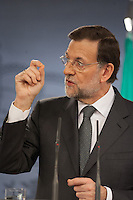 Mariano Rajoy answers a question in a Hispanic-Italian meeting