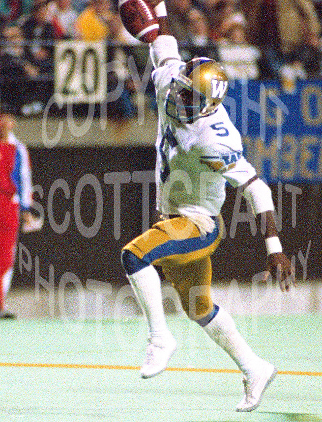 Tim Jessie Winnipeg Blue Bombers 1988. Photo John Bradley