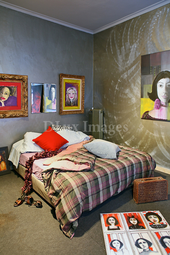 Kaia Demi has been living for two years in the loft style apartment in an office building in the trendy Psyrri area of downtown Athens, Greece.
