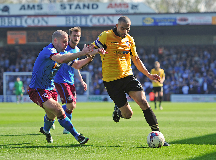 Bolton Wanderers' Darren Pratley vies for possession with Stephen Dawson<br /> <br /> Photographer Chris Vaughan/CameraSport<br /> <br /> The EFL Sky Bet League One - Scunthorpe United v Bolton Wanderers - Saturday 8th April 2017 - Glanford Park - Scunthorpe<br /> <br /> World Copyright &copy; 2017 CameraSport. All rights reserved. 43 Linden Ave. Countesthorpe. Leicester. England. LE8 5PG - Tel: +44 (0) 116 277 4147 - admin@camerasport.com - www.camerasport.com