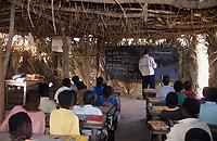 Afrique/Afrique de l'Ouest/Sénégal/Parc National de Basse-Casamance/Karounat : L'école dans les cases