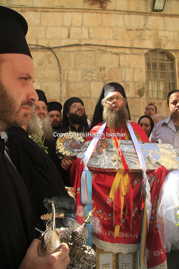 Israel, Jerusalem, the Greek Orthodox Feast of rhe Assumption (Dormition) procession by the Church of the Holy Sepulchre