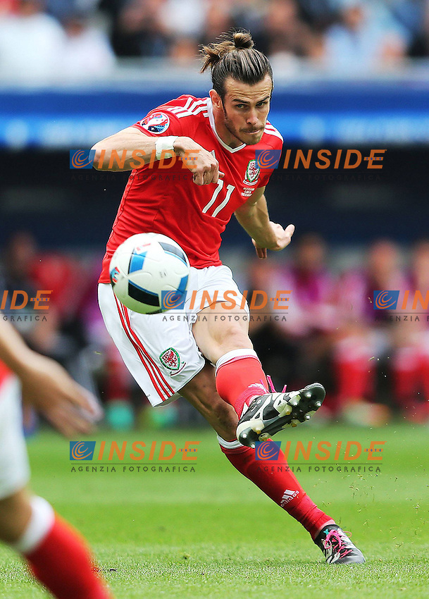 Gareth Bale of Wales scores the opening goal <br /> Bordeaux 11-06-2016 Stade de Brodeaux football Euro2016 Wales - Slovakia / Galles - Slovacchia Group Stage Group B. Foto Imago / BPI / Insidefoto