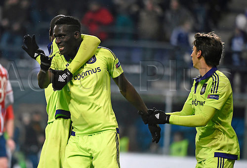 18.02.2016. Anderlecht, Brussels, Belgium. UEFA Europa League football. Anderlecht versus Olympiakos.  Kara Mbodji Serigne Modou defender of RSc Anderlecht celebrates with teammates after scoring the opening goal