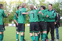 VOETBAL: JUBBEGA: Sportpark 't Heidefjild, 16-05-2012, Nacompetitie, Zondag 4e klasse B, SC Boornbergum'80 - Haulerwijk, Eindstand 2-1, Joey Vermaning (#9 | BB), Jan Adema (#7 | BB), Willem Slagmann (#2 | BB) feliciteert Daniël Stoker (#6 | BB), ©foto Martin de Jong