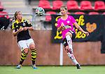Solna 2014-08-16 Fotboll Damallsvenskan AIK - Kopparbergs/G&ouml;teborg FC :  <br /> Kopparbergs/G&ouml;teborgs Andrine Hegerberg i kamp om bollen med AIK:s Sarah Fredriksson <br /> (Foto: Kenta J&ouml;nsson) Nyckelord:  AIK Gnaget Kopparbergs G&ouml;teborg Kopparbergs/G&ouml;teborg