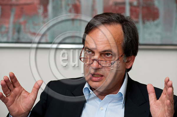 Brussels-Belgium, April 20, 2011 -- MEP Knut FLECKENSTEIN from Germany (DE/SPD), member of the Group of the Progressive Alliance of Socialists and Democrats in the European Parliament and i.a. of the Committee on Transport and Tourism -- Photo: Horst Wagner / eup-images
