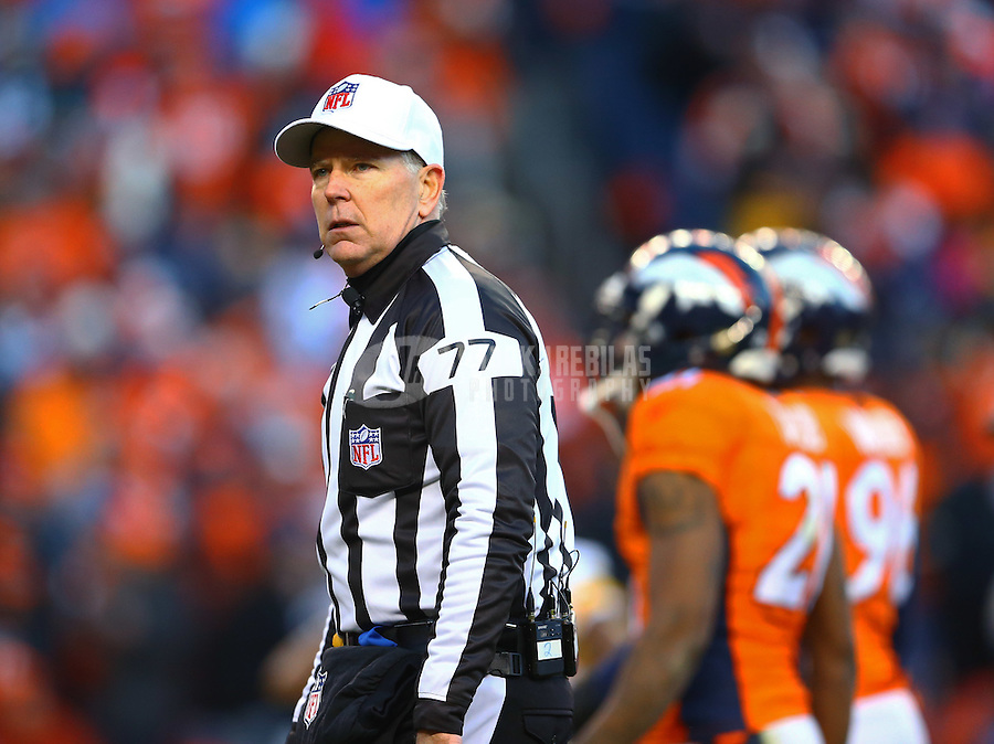 Jan 17, 2016; Denver, CO, USA; NFL referee Terry McAulay during the Pittsburgh Steelers game against the Denver Broncos during the AFC Divisional round playoff game at Sports Authority Field at Mile High. Mandatory Credit: Mark J. Rebilas-USA TODAY Sports