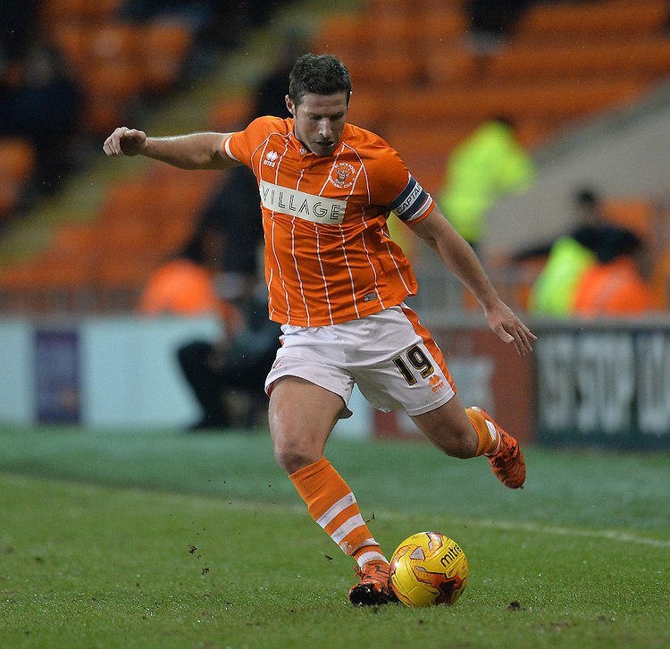 Blackpool's David Norris<br /> <br /> Photographer Dave Howarth/CameraSport<br /> <br /> Football - The Football League Sky Bet League One - Blackpool v Oldham Athletic - Tuesday 16th February 2016 - Bloomfield Road - Blackpool  <br /> <br /> &copy; CameraSport - 43 Linden Ave. Countesthorpe. Leicester. England. LE8 5PG - Tel: +44 (0) 116 277 4147 - admin@camerasport.com - www.camerasport.com