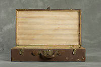 Willard Suitcases / James Co / ©2013 Jon Crispin