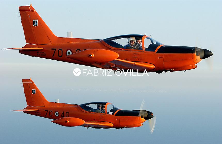 Latina, scuola dei volo dell'Aeronautica Militare.