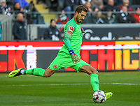 Torwart Kevin Trapp (Eintracht Frankfurt) - 19.01.2019: Eintracht Frankfurt vs. SC Freiburg, Commerzbank Arena, 18. Spieltag Bundesliga, DISCLAIMER: DFL regulations prohibit any use of photographs as image sequences and/or quasi-video.