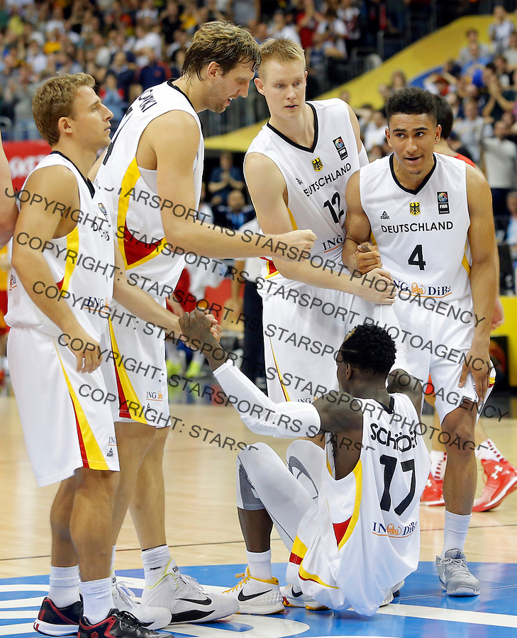 Dirk Nowitzki Robin Benzing Maodo Lo Dennis Schroder European championship group B basketball match between Germany and Spain on 10. September 2015 in Berlin, Germany  (credit image & photo: Pedja Milosavljevic / STARSPORT)