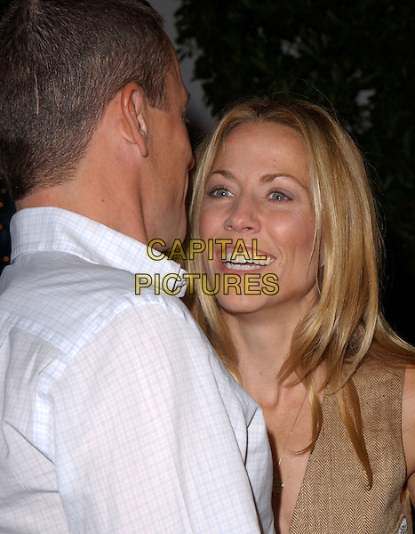 "LANCE ARMSTRONG & SHERYL CROW.Universal Pictures' Premiere of ""Meet The Fockers"" held at Universal City Walk in Universal City, California  December 16th, 2004.headshot, portrait, smiling.www.capitalpictures.com.sales@capitalpictures.com.Supplied By Capital PIctures"