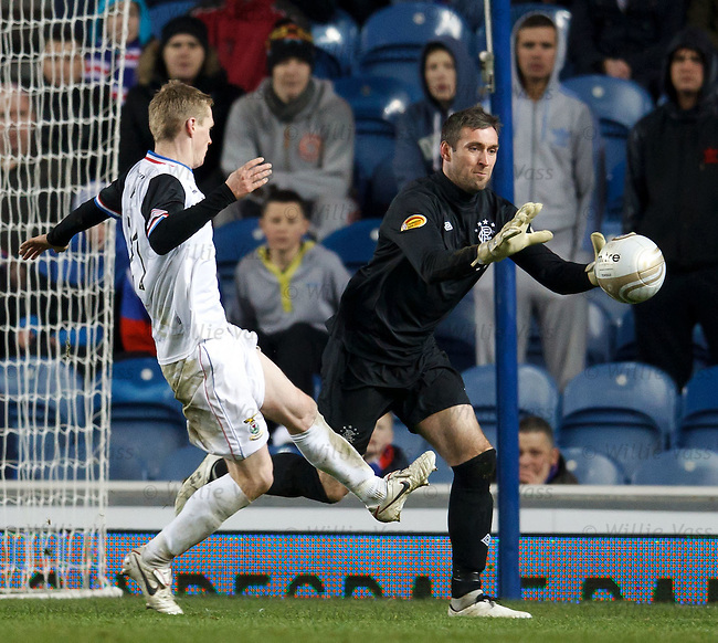 Allan McGregor saves from William McKay