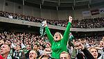 ***BETALBILD***  <br /> Stockholm 2015-09-27 Fotboll Allsvenskan Hammarby IF - AIK :  <br /> Hammarbysupporter jublar under matchen mellan Hammarby IF och AIK <br /> (Foto: Kenta J&ouml;nsson) Nyckelord:  Fotboll Allsvenskan Tele2 Arena Hammarby HIF Bajen AIK Derby supporter fans publik supporters jubel gl&auml;dje lycka glad happy