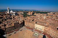 Blick vom Torre del Mangia, Siena, Toskana, Italien, Unesco-Weltkulturerbe
