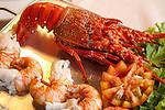 Lagosta servida com camarão