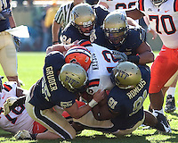 Pittsburgh defense sacks Syracuse quarterback Ryan Nassib. The Pittsburgh Panthers defeated the Syracuse Orange 37-10 at Heinz Field, Pittsburgh Pennsylvania on November 7, 2009..