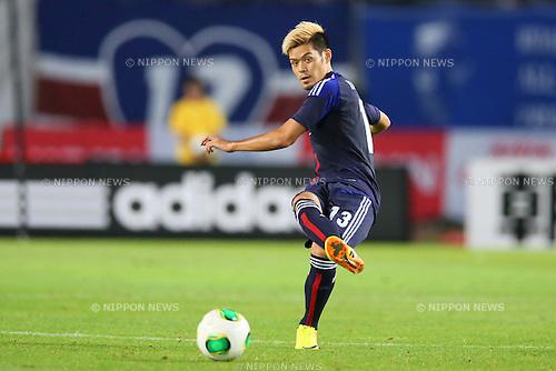 Hotaru Yamaguchi (JPN), AUGUST 14, 2013 - Football / Soccer : <br /> KIRIN Challenge Cup 2013 match <br /> between Japan 2-4 Uruguay <br /> at Miyagi Stadium, Miyagi, Japan.<br />  (Photo by AFLO SPORT)