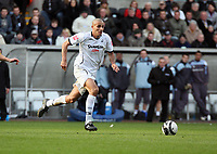 Pictured: Darren Pratley of Swansea City in action <br /> Re: Coca Cola Championship, Swansea City FC v Cardiff City at the Liberty Stadium. Swansea, south Wales, Sunday 30 November 2008.<br /> Picture by D Legakis Photography / Athena Picture Agency, Swansea 07815441513