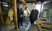 SG-Cab Sec Fiona Hyslop at Almond Valley Heritage